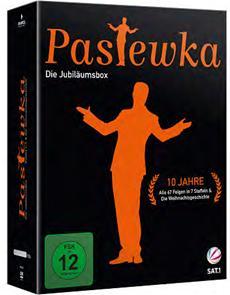 """Die großartige Comedy-Serie """"Pastewka"""" feiert Jubiläum! 1000 Katastrophen aus 10 Jahren - alle Peinlichkeiten in einer DVD-Box! (VÖ 27.03.2015)"""
