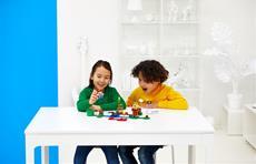 Die LEGO Gruppe und Nintendo zeigen erste Details zu neuen LEGO<sup>&reg;</sup> Super Mario<sup>&trade;</sup> Produkten - Vorbestellung startet heute