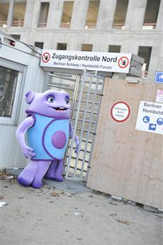 Flughafen Berlin, Elbphilharmonie, Stuttgart 21: Ferne Besucher bauen Deutschland um!